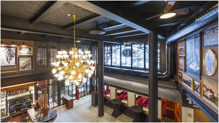 Wagon Léo Restaurant - Bistro - Hôtel in Bastenaaken