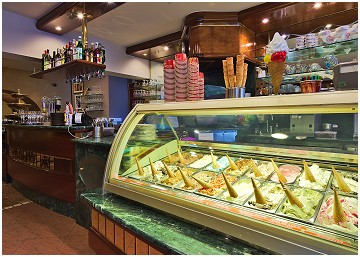 Gelateria Il Capriccio Glace artisanale - Salon de dégustation in Ciney