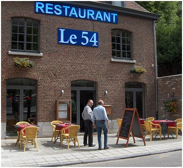 Le 54 Restaurant in Dave