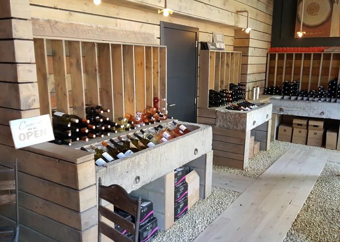 Foto's van restaurant Les Restanques de Houx Bar à vins - Caviste in Dinant