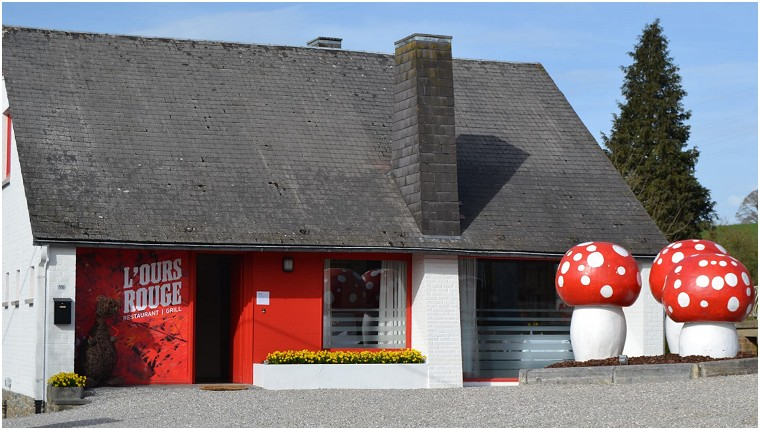 L'Ours Rouge Restaurant in Dinant