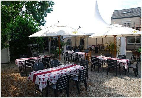 Photos du restaurant Réserve du Château Cuisine française à Maffe