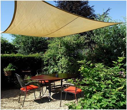 Le jardin de caroline restaurant gastronomique housse - Resto terrasse jardin bruxelles nanterre ...