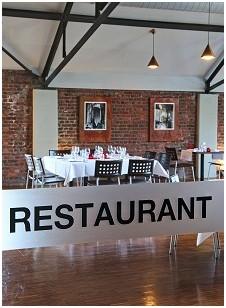 Le Saint-Charles Restaurant in Marcinelle