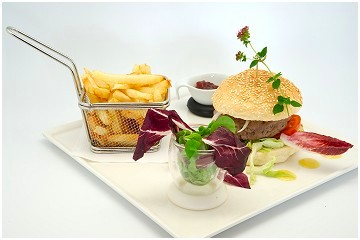 Foto's van restaurant N4 Brasserie - Grill - Hôtel in Martelange