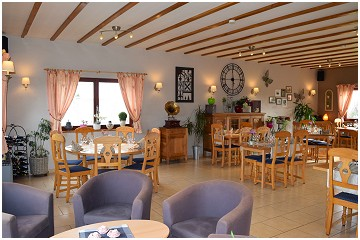 La Villa des Fleurs Restaurant - Brasserie in Nadrin