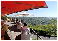 Un panorama exceptionnel! Brasserie - Tea Room - Restaurant Les 7 Meuses - Rivi�re