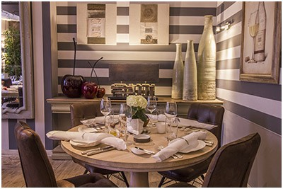 La Calèche Restaurant gastronomique - Hôtel in Rochefort