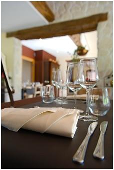 Les casseroles s'affolent Restaurant - Table d'hôtes à La Reid