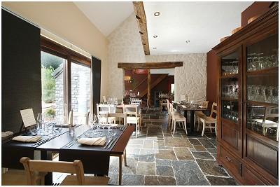 Les casseroles s'affolent Restaurant - Table d'hôtes in La Reid