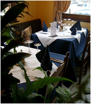 Le Chypre Restaurant in Waterloo